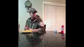 White Boy vs Killer Elf Vine HILARIOUS