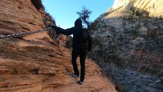 Hiking up the Angels Landing summit