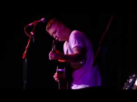 "Aaron Gillespie - ""Some Will Seek Forgiveness, Others Escape"" (Underoath) Acoustic LIVE at The Roxy"
