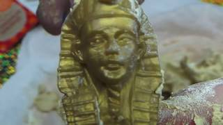 ANCIENT TOMB EXCAVATION REVEALS GOLDEN STATUE OF FOSSILIZED PHARAOH