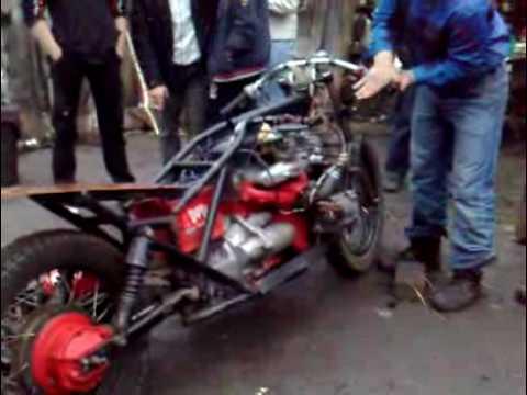видео: Мотоцикл с движком от ваз 2106