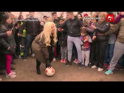 Susana le hace un gol de penal a Tévez en Fuerte Apache – Especiales Susana Giménez