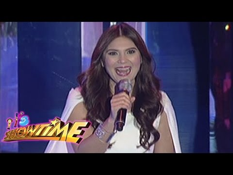 It's Showtime Singing Mo 'To: Vina Morales sings