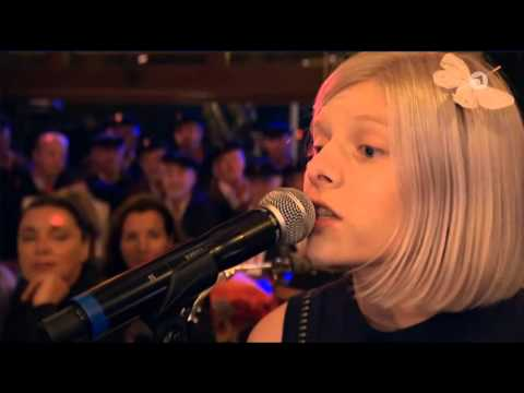 Aurora - Running With The Wolves (on German TV)
