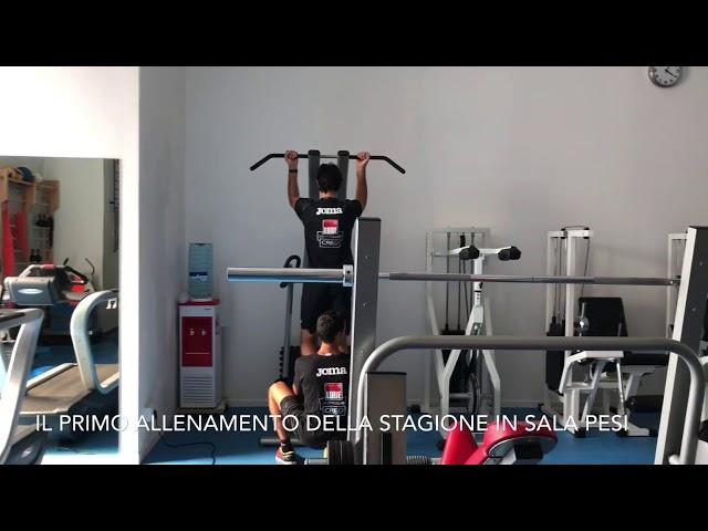 Il primo allenamento della stagione in sala pesi