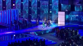Wisin & Yandel, Romeo Santos - Aullando [Live] - 2019 Latin Billboard Music Awards