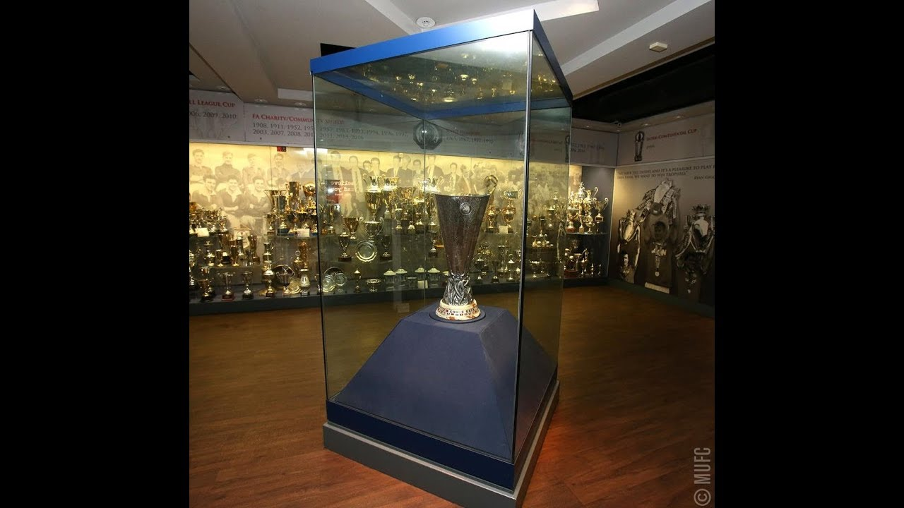 Inside Manchester United Trophies Room 1886