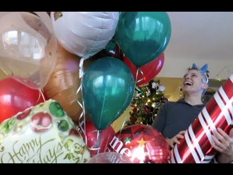 Vlogmas December 18th, 2017 - BIG BALLOONS