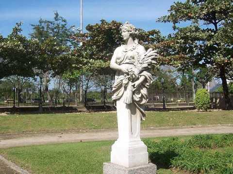 Paris Square - Praça Paris - Rio de Janeiro, RJ - Brasil