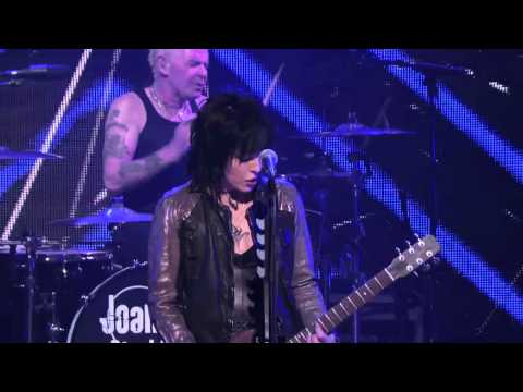 "2014 Revolver Golden Gods - Joan Jett - ""Bad Reputation"""