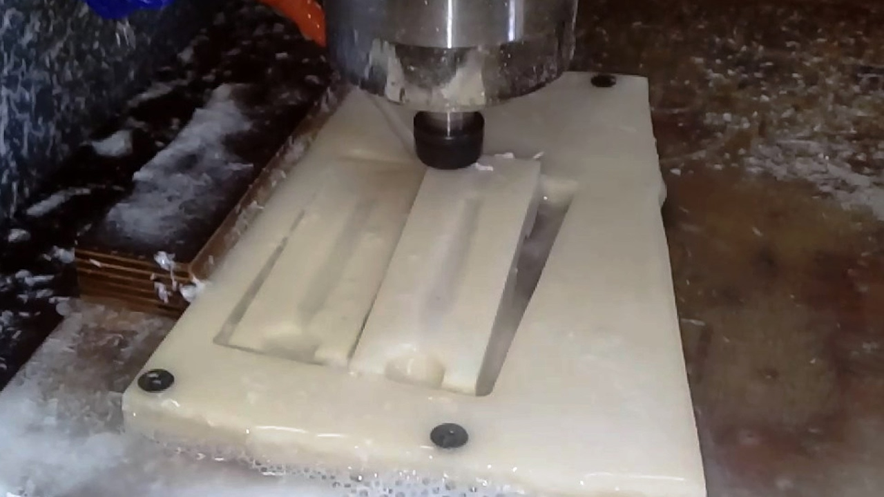Центробежное литье в силиконовые формы Часть 2 - YouTube