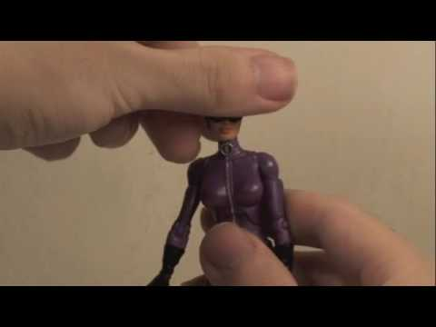 Interactive Review: Catwoman from DC Universe Classics Gotha