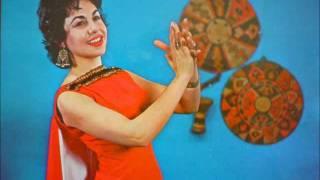 Geula Gill - Shoshanat Yaskov (Israeli Song) 1958