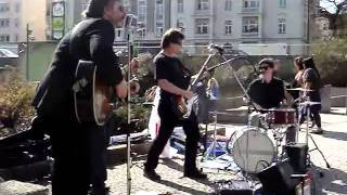 Roadside Revival-Live April 3, 2011-Japan Relief-Part 09-The Weight (The Band)/Bunny Love