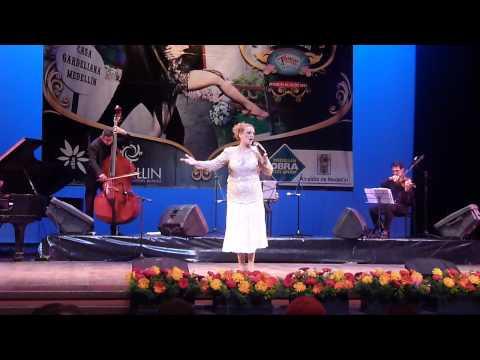 LINA PACHECO. CRISTAL. Ganadora Festival Internaci...