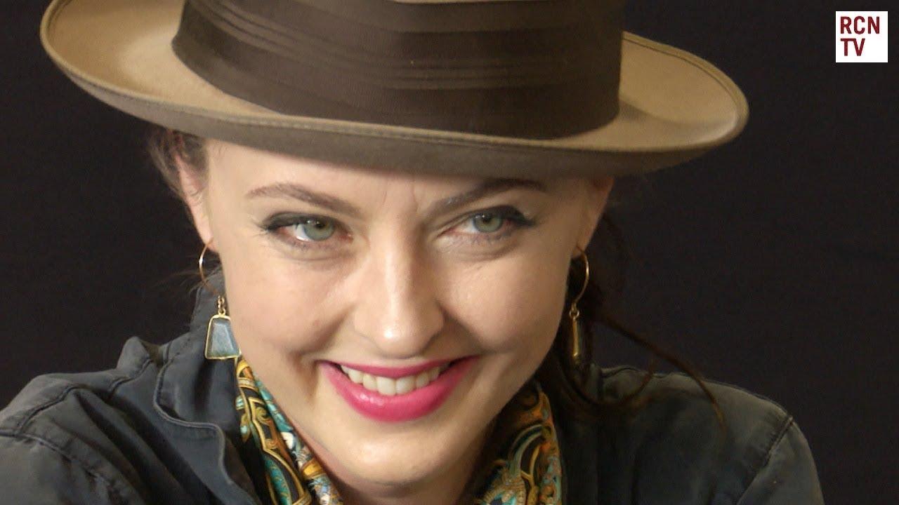 Katharine Isabelle On Loving Hannibal Star Mads Mikkelsen ...