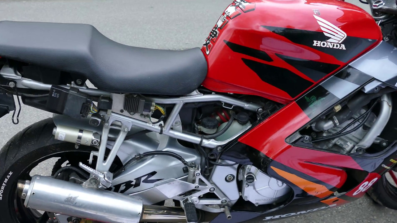 Honda Cbr 600 F3 Pc 31 Downpipes Black Widow Installation Youtube