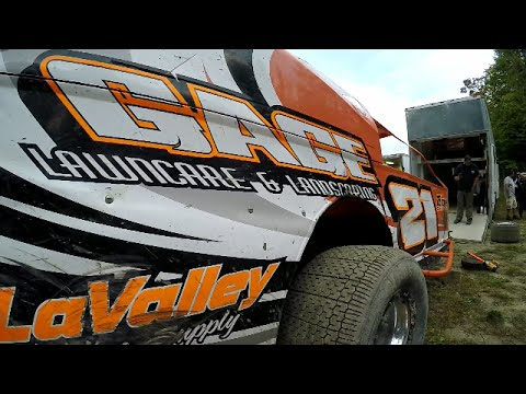 949 Productions: #21 Adam Gage modified heat race 9/17/16 Bear Ridge Speedway