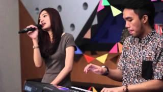 Video IKOMUSIC - Yura - Berawal dari Tatap (Cover by Sarah Dinillah & Farhan Renaldi) download MP3, 3GP, MP4, WEBM, AVI, FLV September 2017