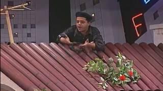 اول ظهور لمحمد هنيدي فى بدايات مشواره الفني في دور حمامة بتاع التليفونات - مسرحية حزمني يا
