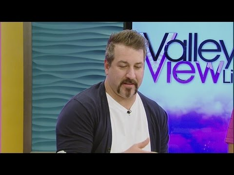 Joey Fatone guest hosts on Valley View Live!