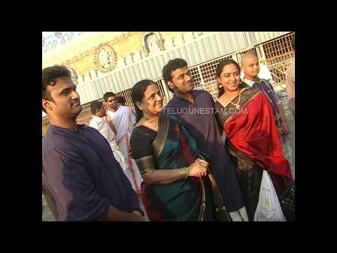 Telugu Cinema music director Devisri Prasad with family in Tirumala video