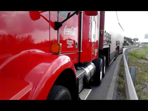 Traileros coca cola leon gto - YouTube