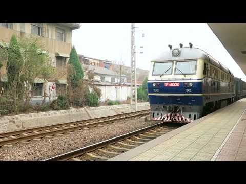 [HD] The DF11 0330 back to depot at XinYang Station after service the train no. 1204/1201