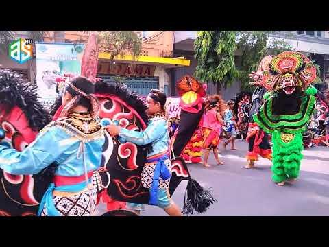 "SMK N 1 Kediri !!! Punya Kesenian Kuda Lumping ""Car Free Day Jl.Dhoho Kota Kediri"" Part 4"