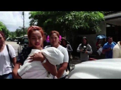 Thailandia, lo strazio della madre della bimba uccisa in diretta