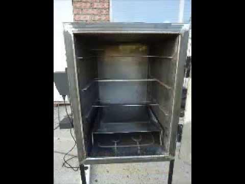 Различные размеры коптильни smokehouse позволят вам приготовить рыбу целиком. Домашнее горячее копчение ещё не было настолько простым!