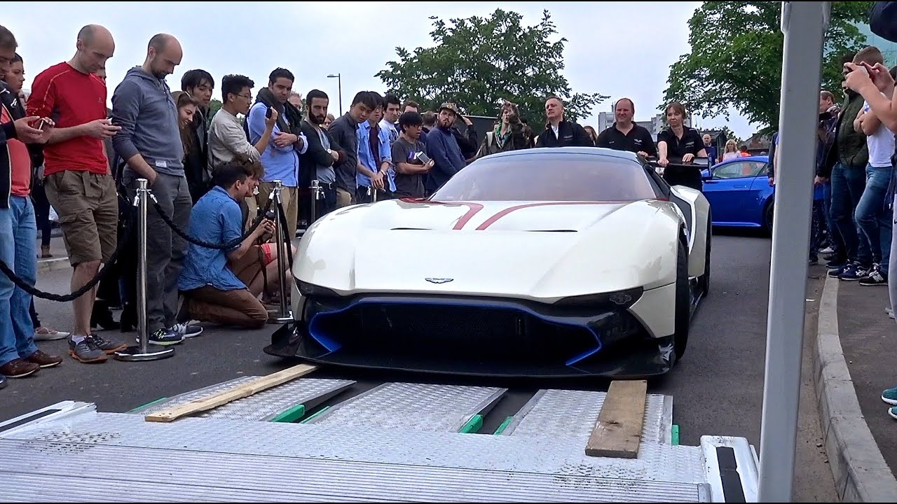 $2.3 MILLION Aston Martin Vulcan Gets SCRATCHED While Loading Onto Truck!!