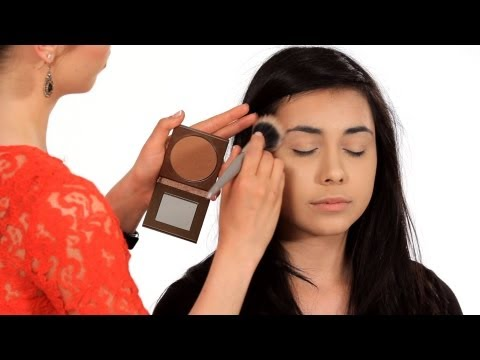 How to Use Bronzer Properly | Makeup Tricks