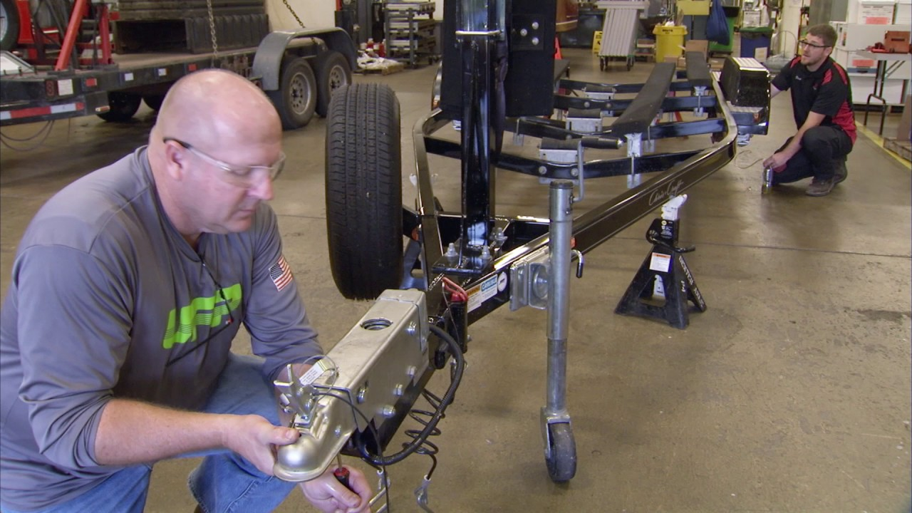 How to Bleed your Trailer Brake System - Felling Trailers