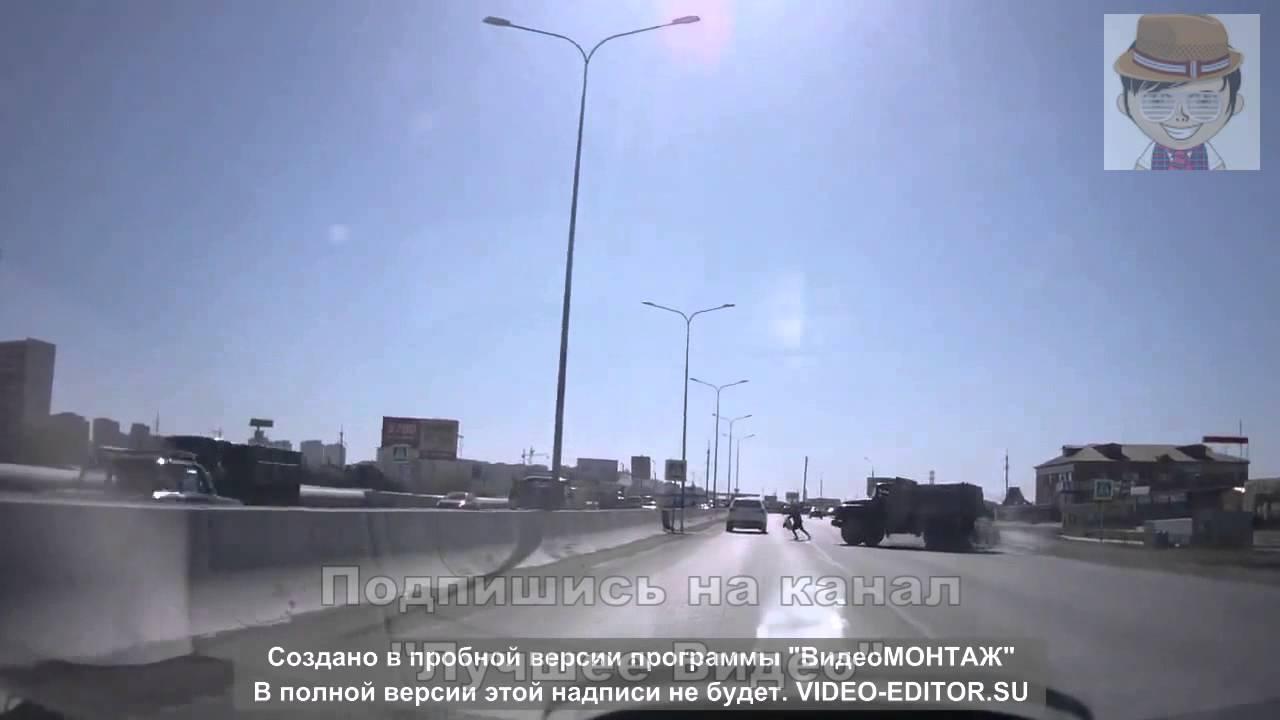 Грузовик столкнулся с легковушкой  Большая Подборка Аварий и ДТП