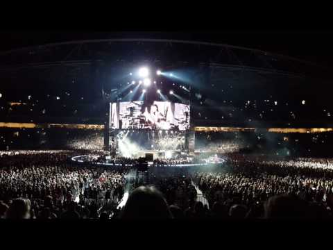ROLLING IN THE DEEP by Adele, ANZ Stadium Sydney 11/03/17
