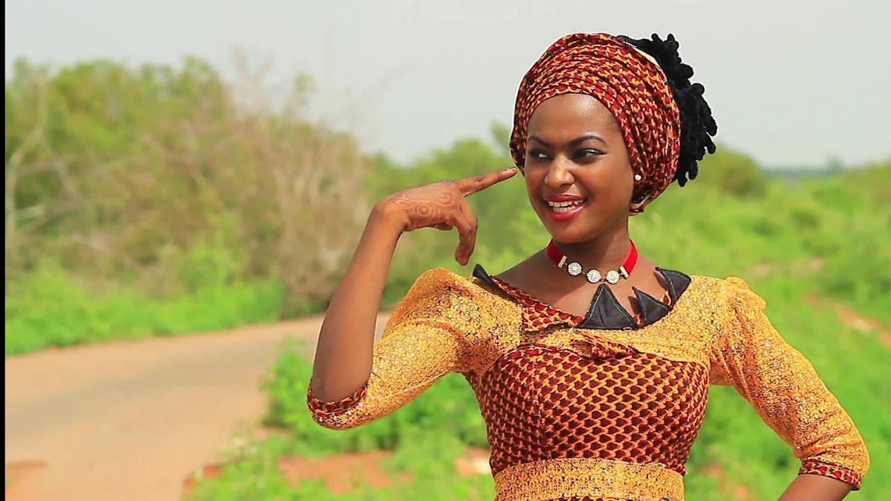 Download Soyayya Ruwan Zuma Ce) Latest Hausa Music 2019)