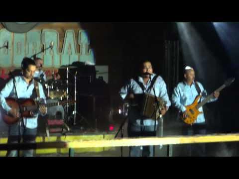 LAZARO PEREZ  -  Y AHORA AQUI