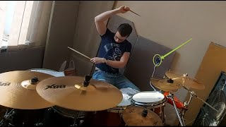Anton Churakov: барабаню на репетиции. А что?! У всех есть подобные видео!)