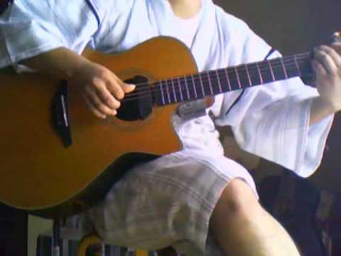 主題歌となったアニメ『坂道のアポロン』の舞台、佐世保市在住です。 弾き語り挑戦してみました。