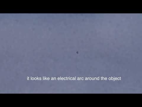 nouvel ordre mondial   Un OVNI filmé au-dessus du Jardin des Tuileries!