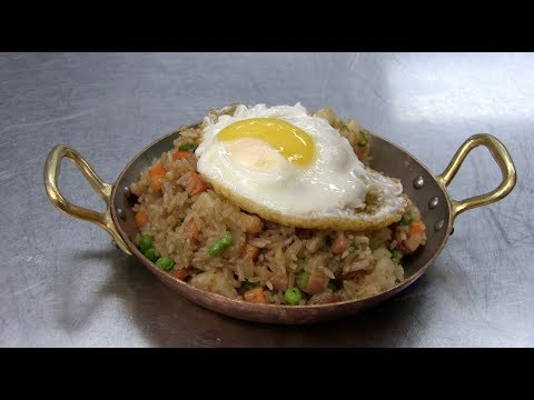 Fried Rice at Home? Top Chef's Hung Huynh Shows How | HuffPost Life