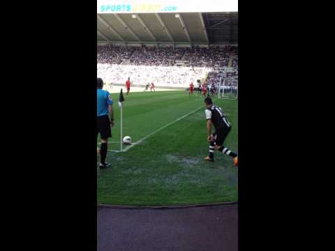 Ben arfa Corner - NUFC vs liverpool april 2012