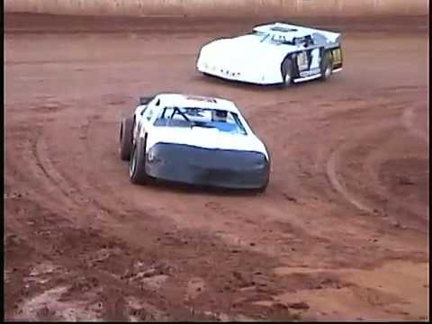 A LOOK BACK: Cherokee Speedway Full Race Night Pt 1 Aug 27, 2005