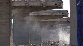 [Cam 1 | 4K] Abriss Lennetalbrücke A45: Sprengung der Brückenpfeiler an den Bahnschienen