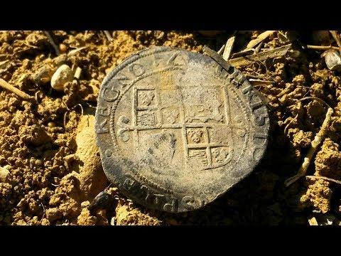 Metal Detecting - SAXON Silver-Guild Brooch + Roman Denarius - Search For Gold Ep.27