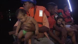 """Russas Passeio de Canoa """"Bem Aventurado"""" pela lagoa da Caiçara vira lazer para população"""