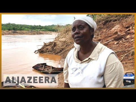 🇲🇿 Cyclone Idai: Rescue efforts on, 15,000 stranded in Mozambique l Al Jazeera English