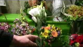 Основное видео(Служба доставки цветов по Харькову www.KBiTKA.com.ua., 2009-09-27T08:49:05.000Z)