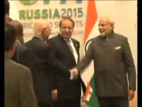 PM Narendra Modi meets Pak PM Nawaz Sharif in Ufa